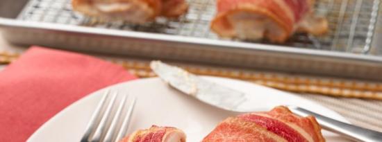培根包裹的鸡胸肉